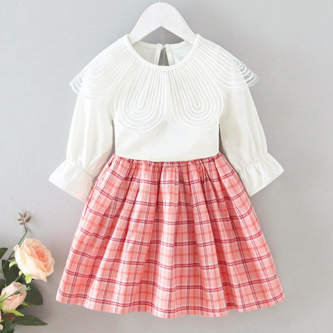 Embroidered Lapel White T shirt And Plaid Skirt sSet