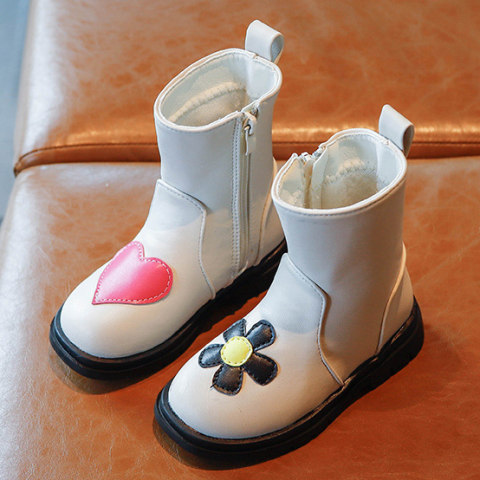 Cute Hearts aAnd Flowers Embroidered Boots