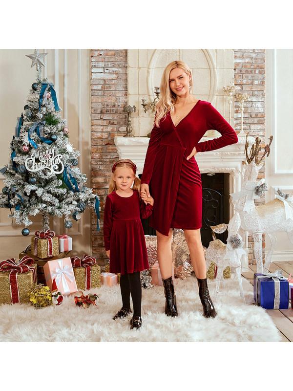Classic Red Velvet Long Sleeves Mom Girl Matching Dress