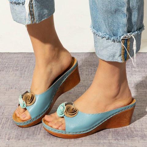 Flower Wedge Sandals