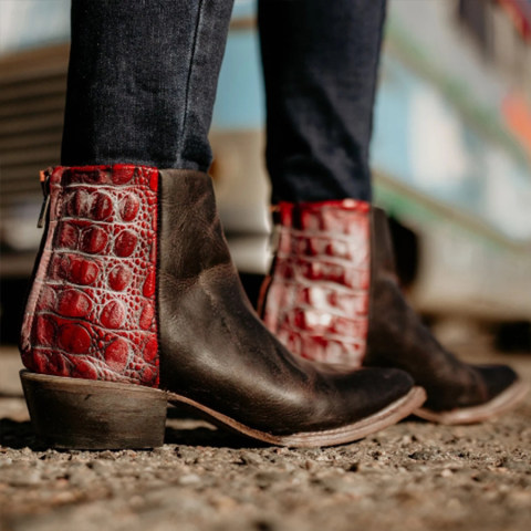 Animal Printed Distressed Chunky Round Toe Boots