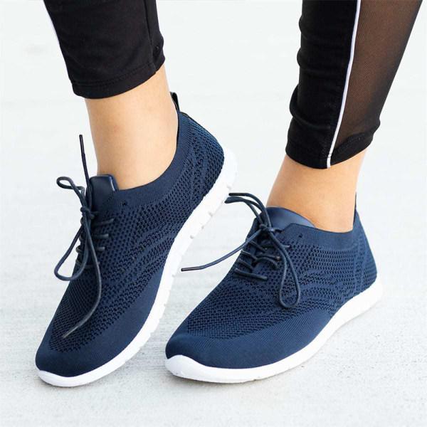 Women's comfortable casual sneakers