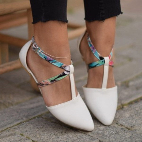 https://www.shoessee.com/products/womens-fashion-pointed-flat-shoes-3910768.html?from=collections