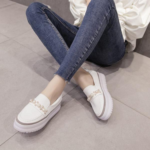 Ladies College Style Pearl Platform Platform Shoes
