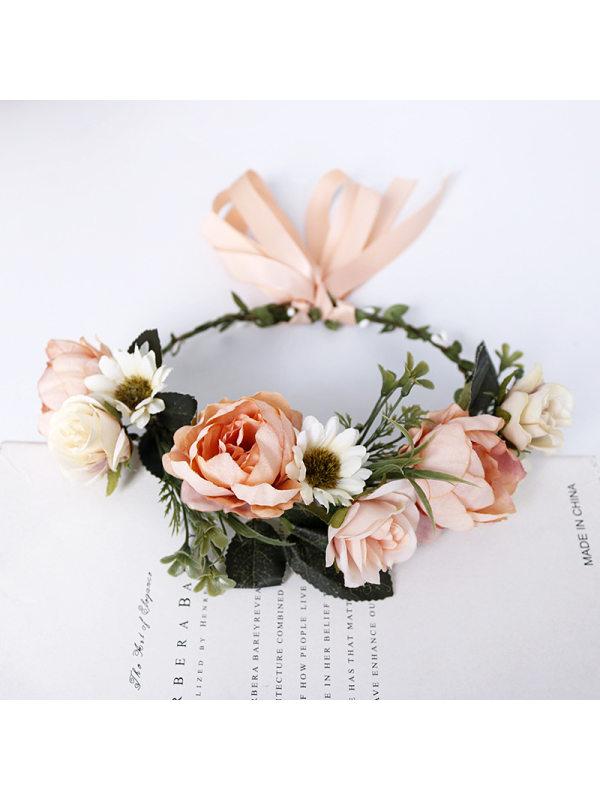 Bohemian sweet married seaside flower wreath