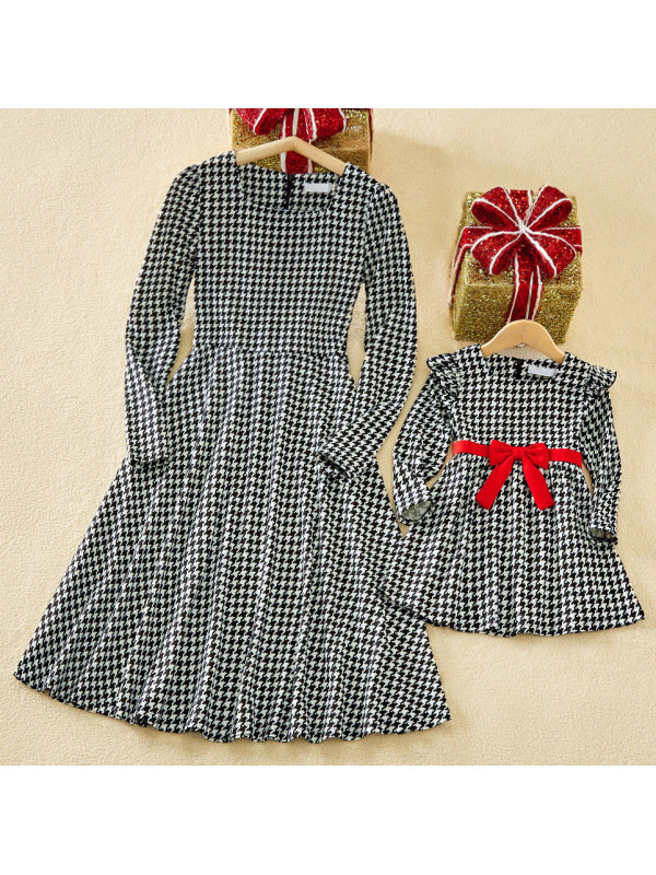 Elegant Square Neck Long Sleeve Houndstooth Black and White Knitted Mom Girl Matching Dress - 1334