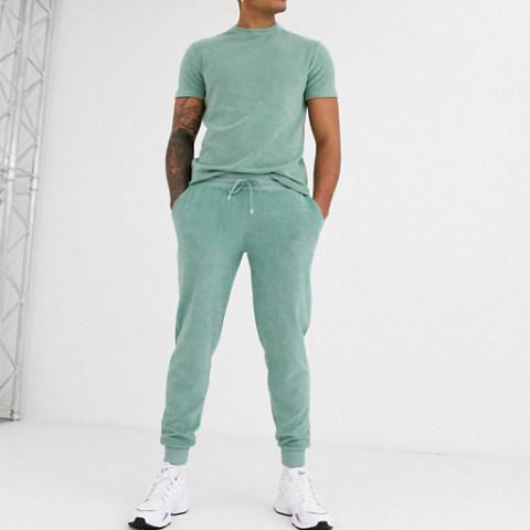 Mens velvet short sleeved sports suit