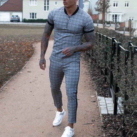 Mens casual check pattern printed short sleeved T shirt sports suit