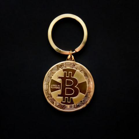 Creative crafts Bitcoin virtual coin metal keychain