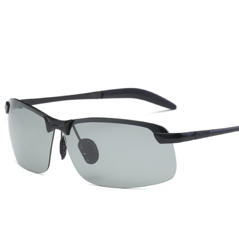Cool point 2021 color changing polarized sunglasses men's sunglasses driving driving color changing polarized glasses 3043 wholesale
