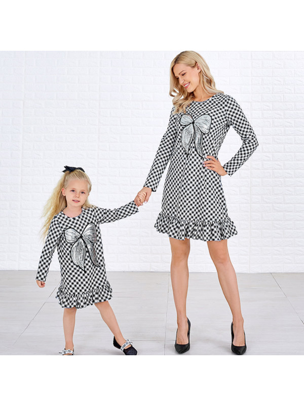 Sweet Black And White Plaid Sequined Bow Patch Round Neck Long Sleeves Mom Girl Matching Dress