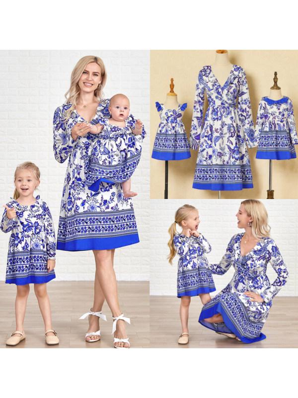 Cassic Blue Print Mom and Kid Matching Dress
