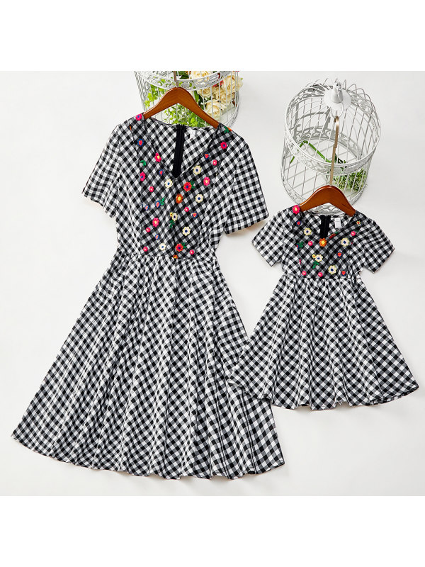 Sweet Black and White Plaid Embroidery Round Neck Short Sleeve Mom Girl Matching Dress