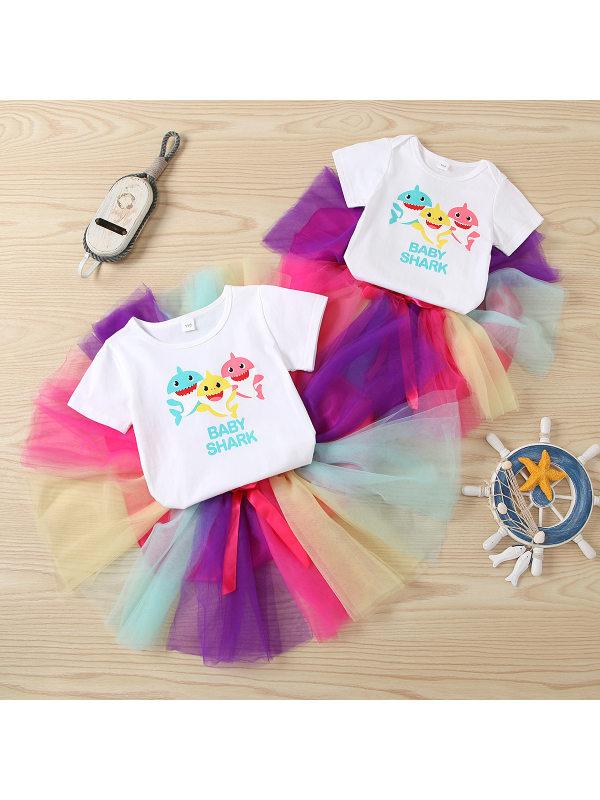 【2Y-7Y】Cute Cartoon Printed White T-shirt And Colorful Mesh Skirt Set