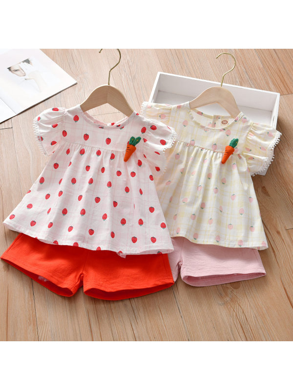 【18M-7Y】Girls Sweet Strawberry Print Round Neck Short-sleeved Shirt And Pure Color Shorts Set - 3441