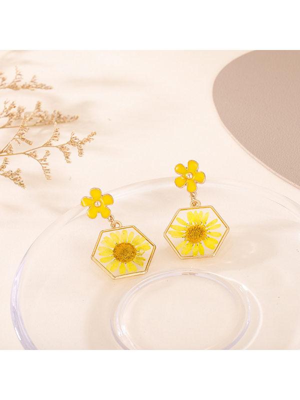 Pentagonal womens small daisy alloy flower daisy personalit