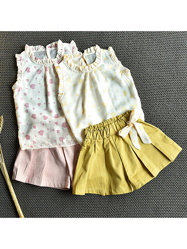 【18M-7Y】Girls' Fungus Collar Sleeveless Love Top with Pleated Shorts Set