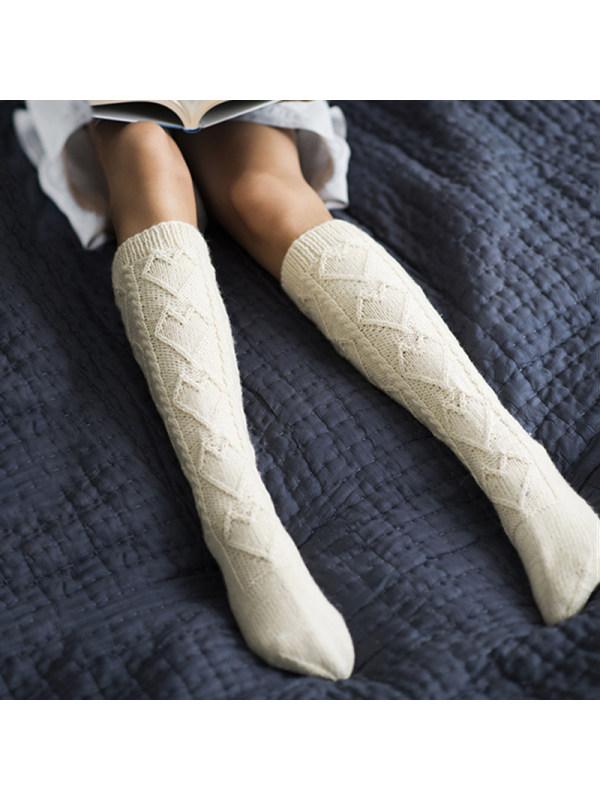 Fashionable solid color medium tube women's socks